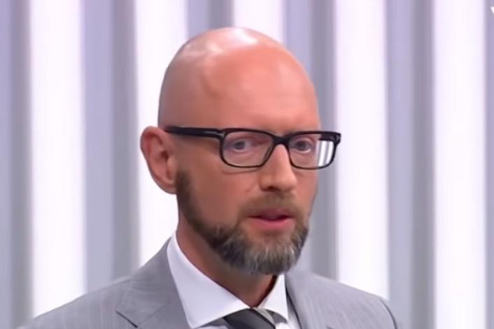 Arsenij Jaceňuk: Kvůli současné vládě přijde Ukrajina o 5 miliard dolarů