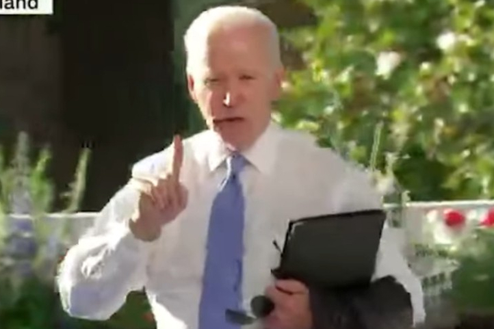 Při tiskovce Joe Biden tak trochu ztratil nervy