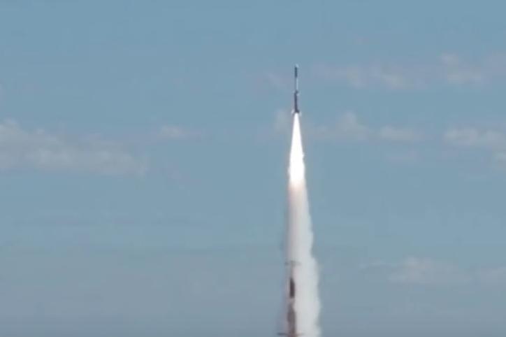 Šok pro US zpravodajce: Čína úspěšně testovala hypersonickou zbraň